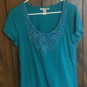 5/$25 RXB turquoise top with lace and sparkles